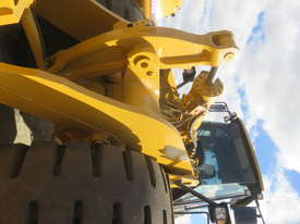 2009 CATERPILLAR 972H WHEEL LOADER - picture11' - Click to enlarge