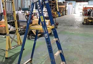 Bailey Fiberglass Platform Ladder 1.15 Meter Industrial Stepladder