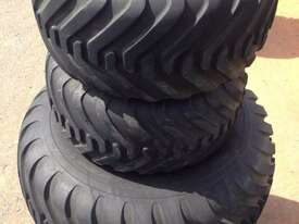 Alliance 328 400/60-15.5 Tyre/Rim Combined Tyre/Rim - picture0' - Click to enlarge
