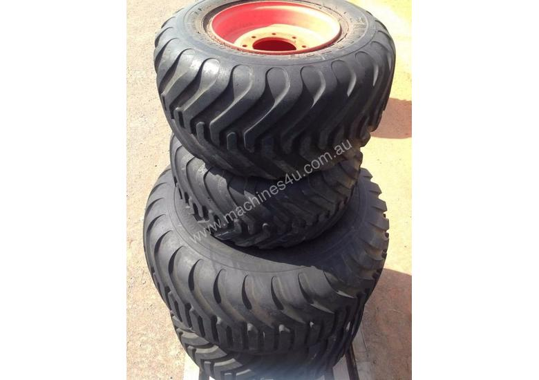 Alliance 328 400/60-15.5 Tyre/Rim Combined Tyre/Rim