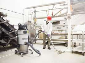 Nilfisk VHS 110Z22 Explosion Proof Vacuum - picture3' - Click to enlarge