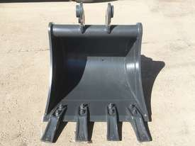 General Purpose with Teeth 450mm Bucket-GP Attachments - picture1' - Click to enlarge