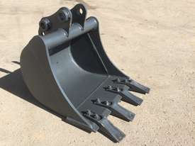 General Purpose with Teeth 450mm Bucket-GP Attachments - picture2' - Click to enlarge