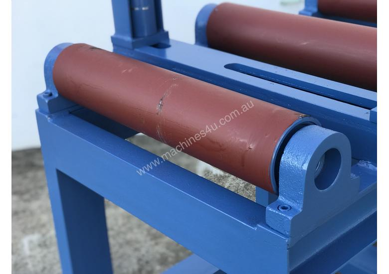 Heavy Duty Industrial Roller Conveyors For Bandsaws