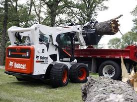 A770 All Wheel Steer Loader - picture0' - Click to enlarge