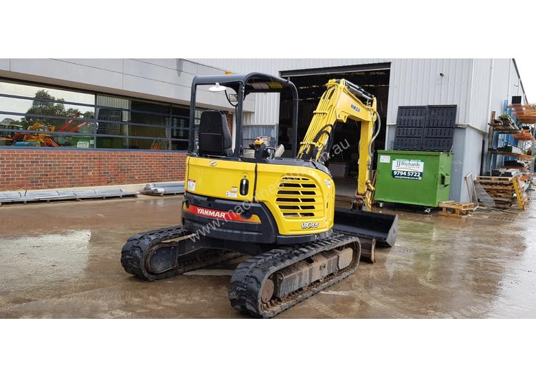 2015 YANMAR Vio45-6B MINI EXCAVATOR WITH HITCH, 3 BUCKETS, ZERO TAIL AND LOW 860 HOURS