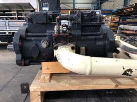 Tandem Axial Piston Pump - picture0' - Click to enlarge
