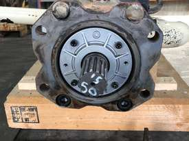 Tandem Axial Piston Pump - picture3' - Click to enlarge