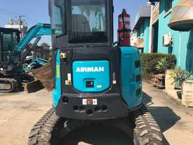 4.0 Tonne Excavator with Buckets & Ripper for HIRE - picture5' - Click to enlarge