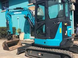 4.0 Tonne Excavator with Buckets & Ripper for HIRE - picture7' - Click to enlarge