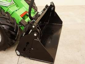 Avant 635 Mini Loader W/ 4 in 1 Bucket - picture4' - Click to enlarge