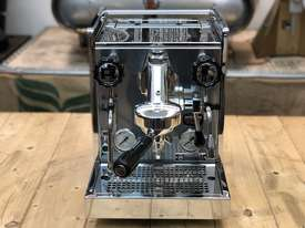 ROCKET MOZZAFIATO TIPO V 1 GROUP ESPRESSO COFFEE MACHINE PROSUMER HOME - picture2' - Click to enlarge