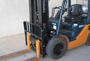 Toyota 8FG25, container mast, 4.5m lift as new condition