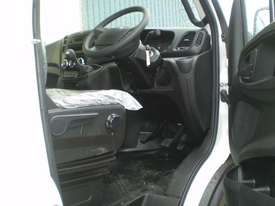Iveco Daily 50C 17/18 Cab chassis Truck - picture8' - Click to enlarge