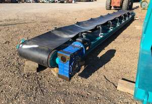 Belt Conveyor 600mm x 9m with new rollers, belt and drive