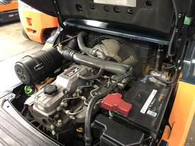 TOYOTA 72-8FD25 5500FSV 2Z 3.5 LITRE ENGINE 2010 - picture7' - Click to enlarge