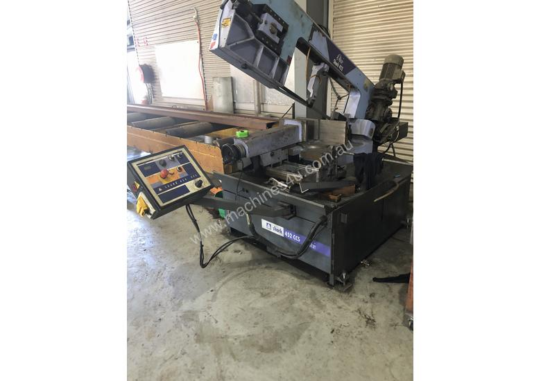 Shark 452 CCS MA Bandsaw Machine
