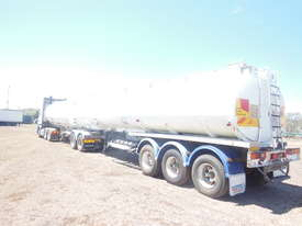 Tanker A-trailer - picture3' - Click to enlarge