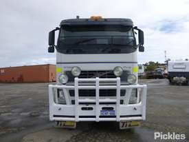 2005 Volvo FH12 - picture1' - Click to enlarge