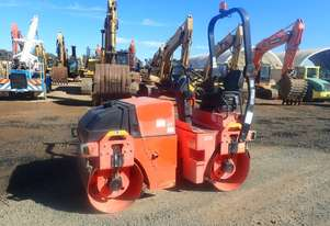 2010 Dynapac CC102 Twin Drum Vibrating Roller