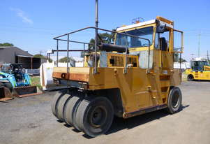 1996 Multipac VP200 Enclosed Cabin Multi Wheeled 13 Tonne Roller (GA1136) IN AUCTION