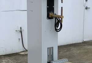 TECNA: SPOT WELDER. 16kva Water Cooled, 230 ~ 550mm Long Arms. Manual Foot Operation. V
