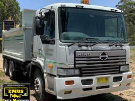 2003 Hino Tipper & 2007 Tag Trailer. E.M.U.S. TS534 - picture2' - Click to enlarge