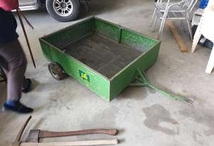 John Deere Used   Trailer