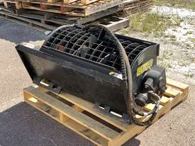 Ex-Demo Self-Loading Skid Steer 100L Mixer Bucket - picture1' - Click to enlarge