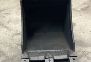 Roo attachments 0.8T-1T Trenching Bucket 450mm