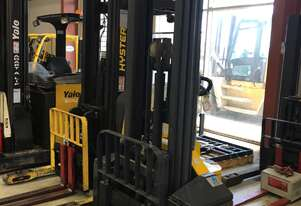 1.45T Battery Electric Walkie Stacker