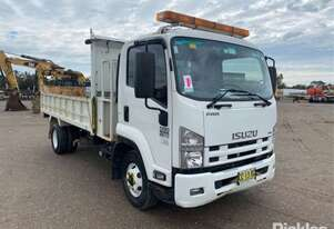 Isuzu 2015   FRR500 Medium