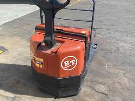 Electric Pallet jack - Hire - picture0' - Click to enlarge