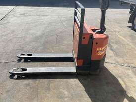 Electric Pallet jack - Hire - picture2' - Click to enlarge