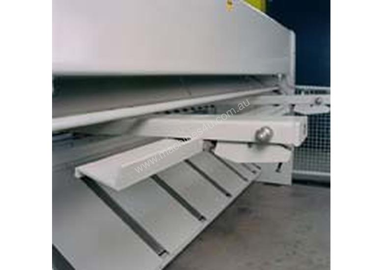 DARLEY CNC GUILLOTINE SHEARS FROM IMTS