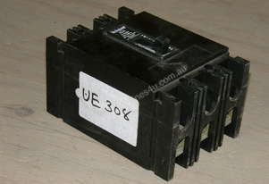 Westinghouse FB3032 Circuit Breakers.