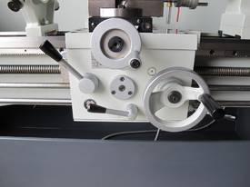 TAIWANESE 400mm SWING CENTRE LATHE, 55mm BORE - picture6' - Click to enlarge