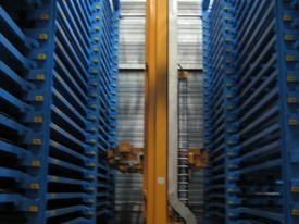 Laser Server, multi tower store and shuttles  - picture5' - Click to enlarge