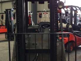 Used Forklift: H18D - Genuine Pre-owned Linde - picture2' - Click to enlarge