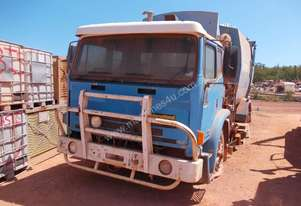 1999 INTERNATIONAL ACCO DISMANTLING