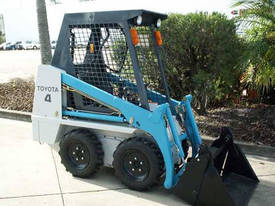TOYOTA HUSKI 4SDK4 - picture2' - Click to enlarge