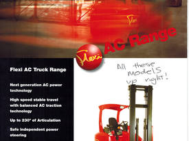 NARROW ISLE FORKLIFT - picture2' - Click to enlarge