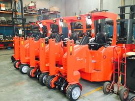 NARROW ISLE FORKLIFT - picture3' - Click to enlarge