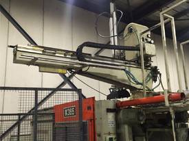 APEX ROBOT FOR INJECTION MOULDING MACHINES - MAKE AN OFFER
