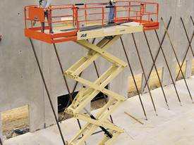 JLG 330LRT Engine Powered Scissor Lifts - picture10' - Click to enlarge