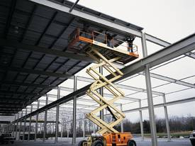 JLG 330LRT Engine Powered Scissor Lifts - picture14' - Click to enlarge