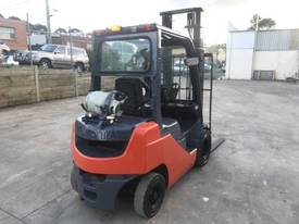 Used Toyota 8FG20 LPG forklift - picture3' - Click to enlarge