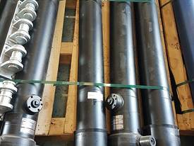 Well Mount Tipping Hoist PF3-135-3802RT Special   - picture0' - Click to enlarge