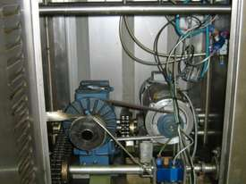 Liquid Filling Machine - picture2' - Click to enlarge