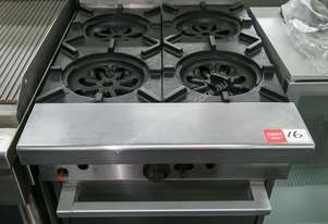 4 burner Gas range, Garland